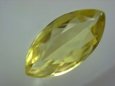CHRYSOBERYLL  -  MARQUISE FACET  -  10,5x5,5 mm  -  1,30 ct.