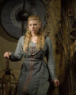 Winnick, Katheryn [Vikings] (55005) 10x8 Photo