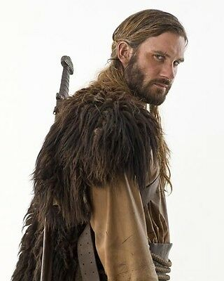 Standen, Clive [Vikings] (54994) 10x8 Photo