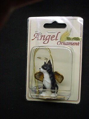 CHIHUAHUA black white DOG ANGEL Figurine HAND PAINTED Resin Ornament B&W puppy