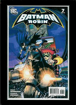 Batman and Robin # 7 (2009 series, DC, variant cover) Combined Shipping!