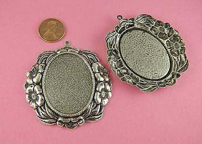BEAUTIFUL ANT SILVER PLATED BRASS NOUVEAU FLORAL OVAL MOUNTING DROP - 1 PC(s)