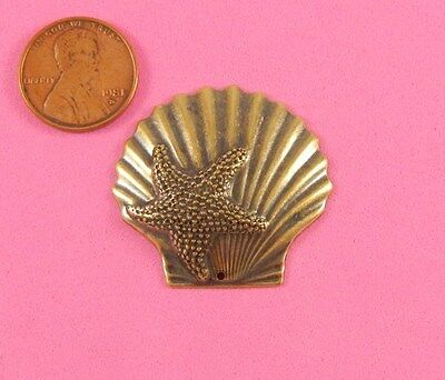 VINTAGE DESIGN ANT BRASS LARGE SHELL & STARFISH - 2 PC(s)