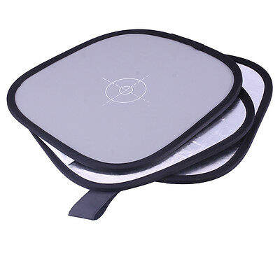 """Neewer 12"""" Collapsible Hand Hold Tri-Fold Reflector Disc"""
