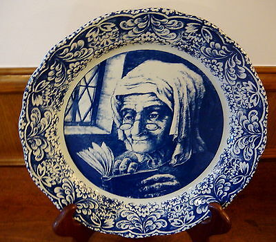 "Delfts Boch 13 1/2"" Wall Plate - Dutch Grandmother"