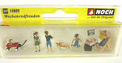Closeout! Miniature Noch Weekend Joy Figures 15855, HO Scale 1:87