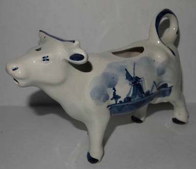 DELFT BLAUW HAND-PAINTED COW CREAMER HOLLAND