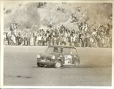 MINI RACING, CAR No.28, No.25 WITH TWO LINES OF TAPE ON,  PERIOD PHOTOGRAPH.
