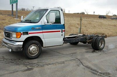 Ford : E-Series Van Standard 2003 standard used turbo 7.3 l v 8 16 v automatic rwd dually diesel 350 450 1 owner