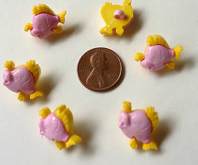 """Lot of 6 Yellow & Pink NEMO oR CHARLEY TUNA FISH Craft Buttons Realistic 3/4"""""""