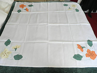 """VINTAGE HAND WORKED APPLIQUE LINEN TABLE CLOTH 48"""" BY 50"""""""