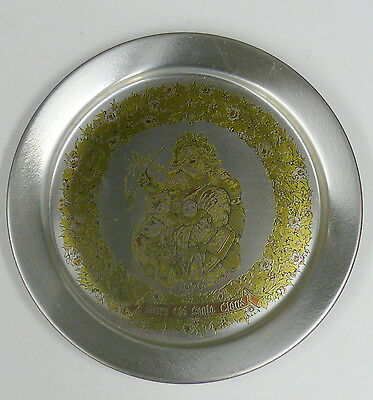 """1979 MERRY OLD SANTA PLATE    8"""" PEWTER PLATE    REED & BARTON"""