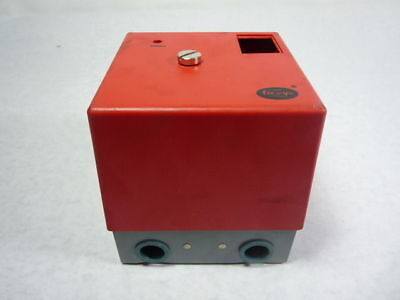 Fire Eye 61-3060 Surface Mounting Wiring Base w/ Lid ! WOW !