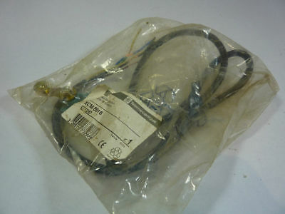Telemecanique XCM-B516 Limit Switch 10 Amp 240V ! NEW !