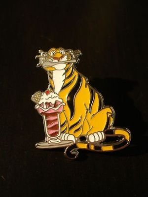 Disney Pin DSF Pin Traders Delight Rajah from Aladdin PTD - GWP Le300