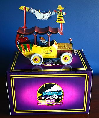 HI-WAY HENRY Wind-Up Tin Car Mike's Toy House Limited Production NEW IN BOX