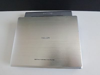 Philips Pet710 Portable Dvd Player  7""