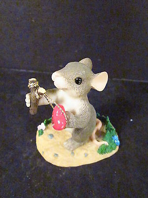 Charming Tails GIVE  LOVE A SHOT 84/109 Mouse Slingshot
