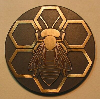 Nature Insect Queen Bee Wasp Honey Honeycomb Beautiful Bronze Medal
