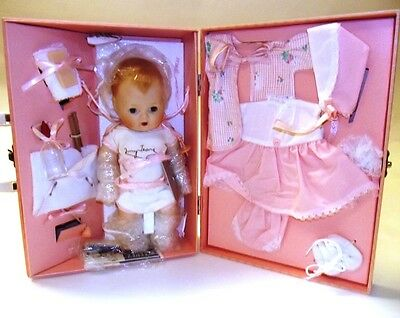 American Character Tiny Tears Rock-a-Bye Eyes Baby Doll