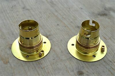 Pair Of Brass Bayonet B22 Lamp Bulb Holder Lamp Holder Earthed C/w Shade Ring 9E
