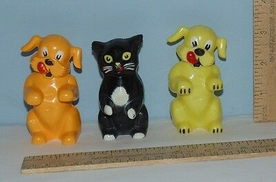 3 KEN-L-RATION plastic Dog and Cat Salt & Pepper Shakers - F&F Mold & Die Works