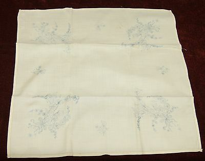 VINTAGE 1950s TABLECLOTH WITH EMBROIDERY TRANSFER