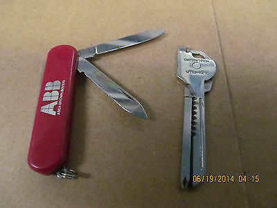 Vintage Lot of  2 Used Pocket Knives Swiss Tech Utili-Key, Wenger Switzerland