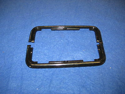 MG  BRAND NEW PAIR OF MGB INTERIOR DOOR HANDLE BEZEL'S 68-80  CZA2259  *Ebs5