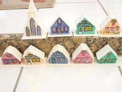VINTAGE CHRISTMAS  ViILLAGES CHURCH & HOUSES PLASTIC STAINED 2.5-5' Small lights
