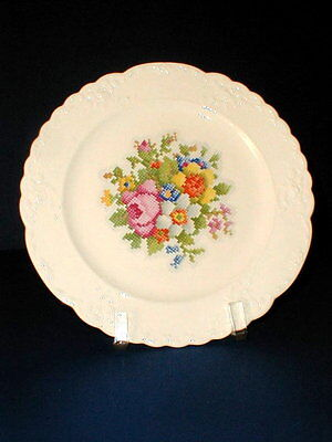 Taylor Smith Taylor PETIT POINT TST508 Dinner Plate/s