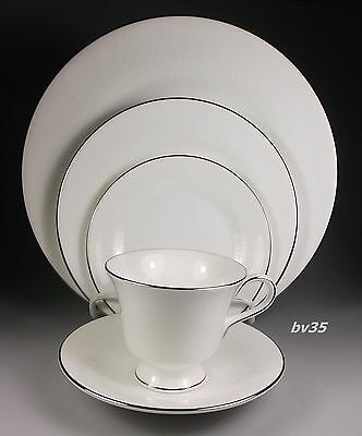 Wedgwood Silver Ermine R4452 Five Piece Place Settings - Contour - Perfect!