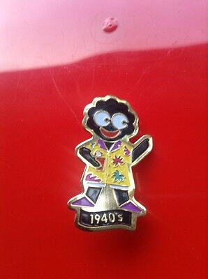 GENUINE ROBERTSONS JAM GOLLY BADGE HISTORICAL EVENTS HAWIAN 1940 SHIRT
