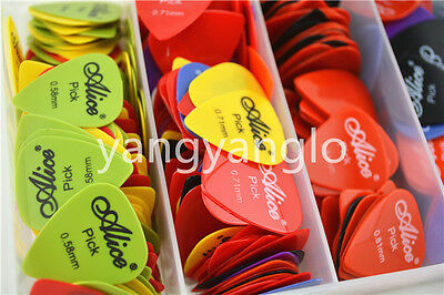 Lots of 100pcs Alice Smooth Nylon Acoustic Electric Guitar Picks Plectrums