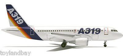 Herpa 508902 Airbus A319-100 House Colors Demo Livery 1:500 Scale RETIRED 1997