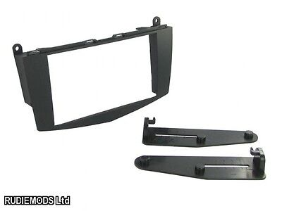 Mercedes C Class W204 07 on Double Din Car Stereo Fitting Kit Facia CT23MB14