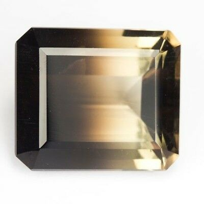 BI COLOR RAUCHQUARZ  -  OCTAGON CUT  -  24,2 x 20,7 mm  -  53,15 ct.