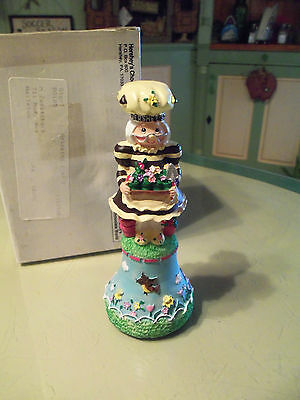 2000 Hershey's Chocolate World Collectible Spring Bell Figurine
