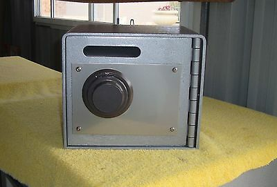 Wall or Floor SAFE - with Posting Slot - Combination Lock -Like New -Perth 6027