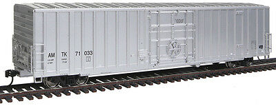 Walthers Proto HO Scale 60' Gunderson Express Boxcar - Amtrak (Silver) #71033