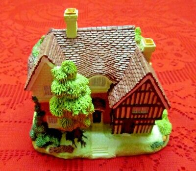 Mint In Box New Cond! Olde England's Classic Cottages The Langley House Figurine