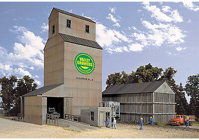 Walthers Cornerstone N Scale Building/Structure Kit Valley Growers Association