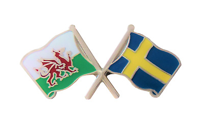 Sweden Flag & Wales Flag Friendship Courtesy Pin Badge - T383