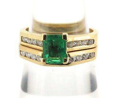 .18Ct Gold, Diamond & Emerald Engagement / Wedding Ring Set. Valuation Of $4230.