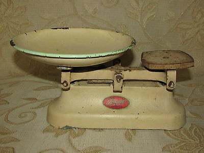 Vintage Collectable Kitchen Scales - Lincoln British Manufacture