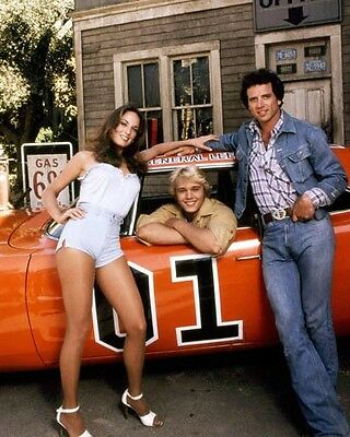 Dukes of Hazzard, The [Cast] (57273) 8x10 Photo