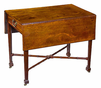 SWC-Fine Mahogany Pembroke Table with Carved Bamboo Stretchers, c.1800