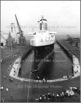 Photo SS United States At The Naval Annex In New York Harbor Drydock, 1954