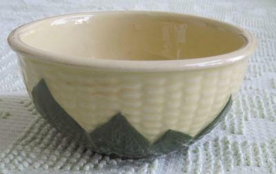 Shawnee Pottery Corn Queen #6 Mixing Bowl
