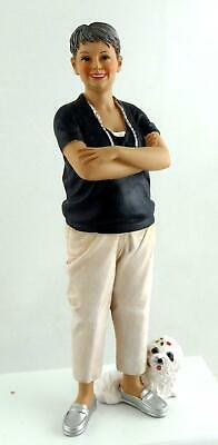 Dolls House Miniature 1:12 People Modern Resin Figure Mature Lady Woman with Dog